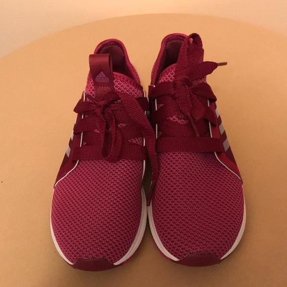 Womens Edge Luxe Running Shoe Burgundy